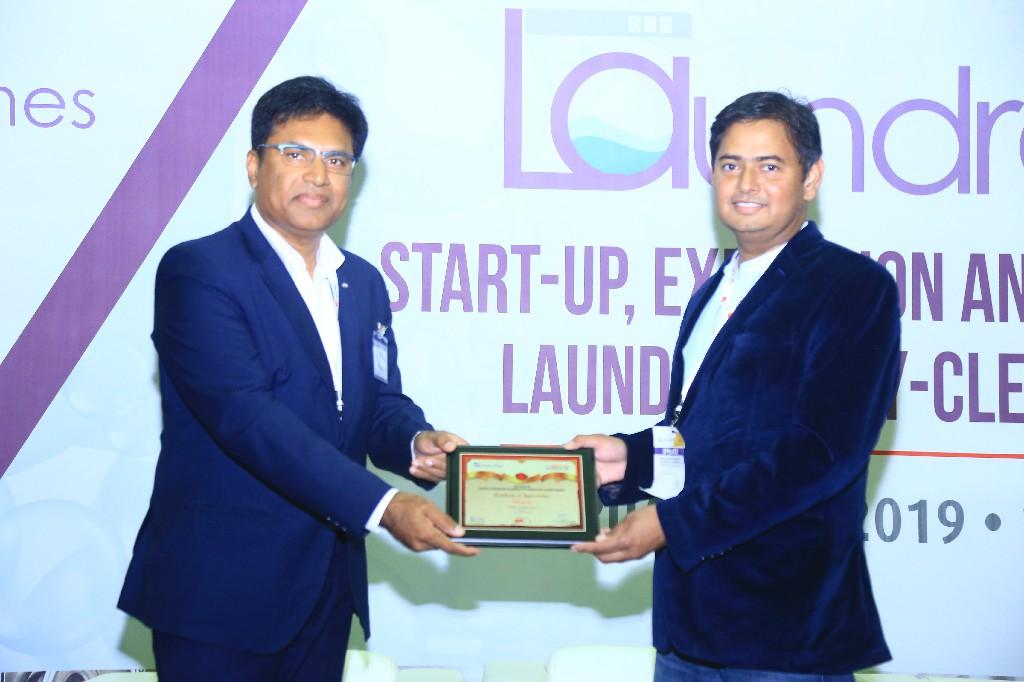 Srinivas-Rao-CEO-Klen-laundroworks-Bangalore-Mohan-Kandhasamy-Director-HGlobal-USA-New-York-2